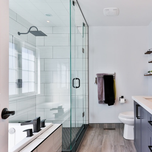 /bathroom/categories/bathroom_shower-enclosures